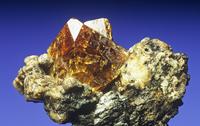 パイロクロアの結晶
