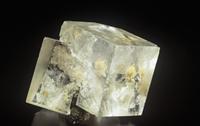 蛍石の結晶(CaF2)