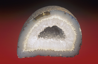 石英(クォーツ)と晶洞石