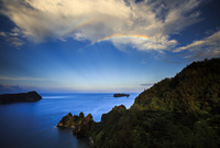小笠原長崎岬にかかる虹