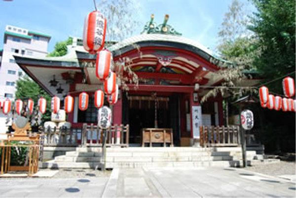 東京初詣神社市谷亀岡八幡宮