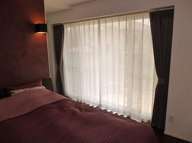 インテリア カーテン寝室1