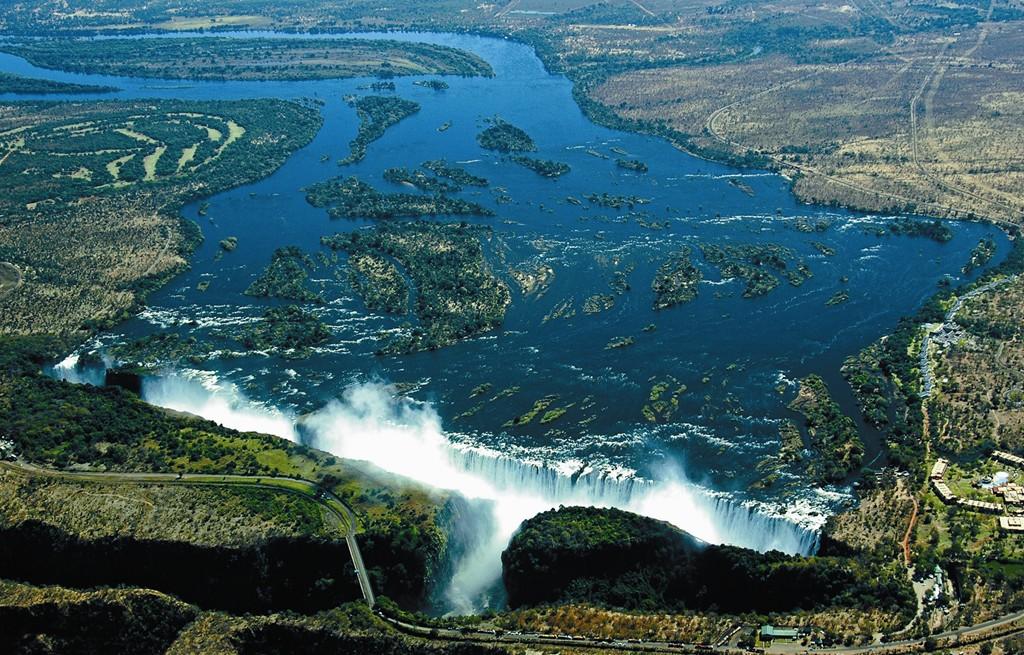 ヴィクトリアの滝の画像 p1_7