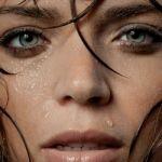 化粧崩れを気にしない夏を!汗に負けないベースメイク&アイメイク術のサムネイル画像