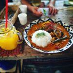 夏はやっぱりカレー!夏野菜がたっぷり食べれる都内のお店4選のサムネイル画像