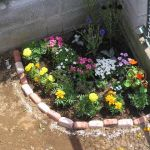 花好き女子必見!DIYで簡単 おしゃれな花壇を作るおすすめアイテムのサムネイル画像