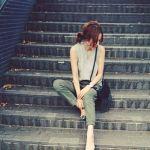 おしゃれ女子に一歩前進。グレーのトップスを着る時のポイント5つ。のサムネイル画像