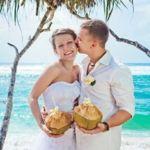 ハワイでの挙式におすすめ!素敵なウェディングドレスのまとめのサムネイル画像
