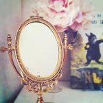 女子力アップは鏡から!使うたびウキウキ気分になれる可愛い鏡のサムネイル画像