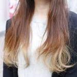 毛先に金髪を入れたグラデーションヘア&インナーヘアがおすすめのサムネイル画像
