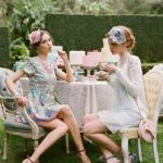シーンに合わせたファッションで、パーティーを楽しみましょう!のサムネイル画像