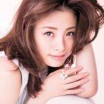 上戸彩さんに近づく!!洗練された色っぽい眉毛を手に入れよう!のサムネイル画像