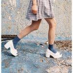 流行りの靴下コーデは子供っぽい?20代後半のOKコーデとNGコーデのサムネイル画像