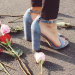 ストラップのデザインの靴、その種類と起きるトラブルの解消法!のサムネイル画像