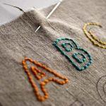 ジーンズに一工夫!刺繍を取り入れておしゃれを楽しみましょう!のサムネイル画像