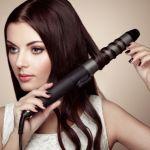 コテで上手に髪の毛を巻こう!髪の長さ別、巻き髪を作る方法のサムネイル画像