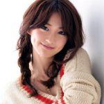 男女問わず人気を誇る大島優子!人を引き付けるその魅力とは?のサムネイル画像