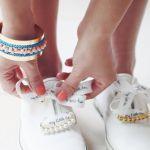 おしゃれスニーカーの新常識!靴ひもに付けるアクセサリーって何?のサムネイル画像