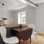 折りたたみダイニングテーブルは魅力たっぷり!活用方法紹介しますのサムネイル画像