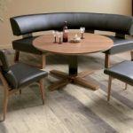 まあるく優しい省スペースな空間作り!丸型ダイニングテーブルの魅力のサムネイル画像