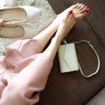 ピンクのワイドパンツで可愛さをプラス!おしゃれコーデが実現できるのサムネイル画像
