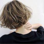 今季人気No.1♡おしゃれな髪型はミディアムボブにおまかせ!のサムネイル画像