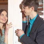 誰にも言えない秘密の恋愛。社内恋愛禁止の職場で恋愛をするには!?のサムネイル画像