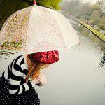 お気に入りの傘♪防水スプレーでもっともっと長持ちさせよう♡のサムネイル画像