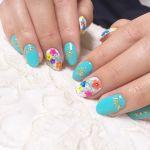 女子が大好き花柄ネイル!セルフで簡単にできる花柄ネイルのまとめのサムネイル画像