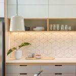キッチンはタイルでおしゃれに!貼り方から素敵なアイデアまで紹介!のサムネイル画像