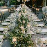 シックで大人っぽく決まる!結婚式にぴったりの黒ワンピース!のサムネイル画像