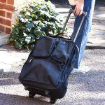 荷物は楽に持っていきたい!買っておくべきおすすめ旅行バッグは?のサムネイル画像