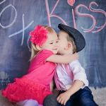もうすぐバレンタイン!チョコと一緒に渡しちゃおう!人気プレゼントのサムネイル画像