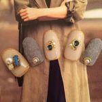 【人気上昇♡】フワッと可愛いベルベットネイルのやり法&デザイン集のサムネイル画像