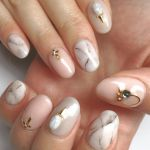 【あなたの指先が宝石に変わる♡】エレガントで大人っぽい《大理石ネイル》カタログのサムネイル画像