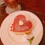 並んでも食べたい!SNSで大人気《激ウマ♡ハートのホットケーキ》のサムネイル画像
