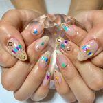 この夏にぴったり!○○でキラキラ輝く大人かわいい指先に♡のサムネイル画像