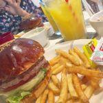 原宿NO.1ハンバーガー《THE GREAT BURGER》の本格アメリカンな魅力♡のサムネイル画像