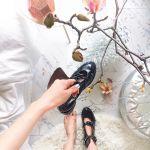みんなと同じアングルは飽きた!《心ときめく靴の撮り方》教えます♡のサムネイル画像