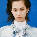 世界で活躍するスーパーモデル、水原希子さんの私服スナップのサムネイル画像