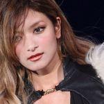 大人気モデル・ローラ♡寝起きショットを公開!セクシー&自然体のサムネイル画像