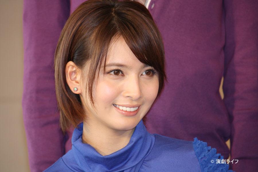 ショート美人な加藤夏希。
