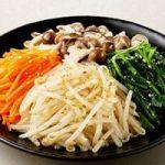 食べると美味しすぎて箸が止まらなくなる!簡単ナムルのレシピのサムネイル画像