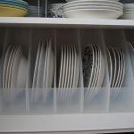 うまく収納できない!お皿の収納。安くておしゃれな収納方法は?のサムネイル画像