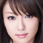 深田恭子が白ビキニで、サーフィンに夢中!美の秘訣もサーフィン!?のサムネイル画像