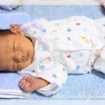新生児とのお出かけはいつからしても大丈夫?注意点と持ち物は?のサムネイル画像