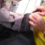 お気に入りのスーツが復活!安くてお手軽、スーツ修理するならこれ!のサムネイル画像