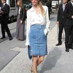 大流行!タイトスカートはひざ丈がトレンド♡コーディネートまとめのサムネイル画像
