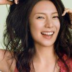美人女優・柴咲コウがついに結婚?!お相手は世界中を旅する有名人?のサムネイル画像