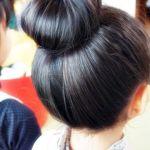 ボサボサヘアとはおさらば!靴下を使って簡単おだんごヘアアレンジ!のサムネイル画像